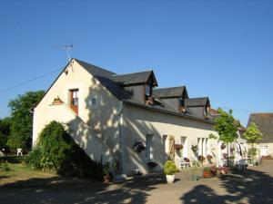 Maison a vendre Neuil 37190 Indre-et-Loire 300 m2 15 pièces 438000 euros