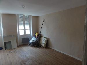 Appartement a vendre Montsûrs 53150 Mayenne 100 m2 4 pièces 88570 euros