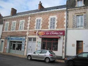 Maison a vendre Jaligny-sur-Besbre 03220 Allier 177 m2 7 pièces 102100 euros