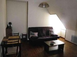 Appartement a vendre Vierzon 18100 Cher 30 m2 2 pièces 26500 euros