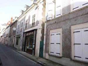 Immeuble de rapport a vendre Vierzon 18100 Cher 95 m2  72442 euros