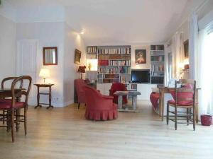 Viager maison Châteaudun 28200 Eure-et-Loir 110 m2 4 pièces 30900 euros