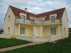 Maison a vendre Châteaudun 28200 Eure-et-Loir 197 m2 8 pièces 207500 euros