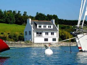 Maison a vendre Plouguerneau 29880 Finistere 217 m2 9 pièces 574300 euros