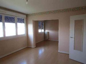 Location appartement Châlons-en-Champagne 51000 Marne 63 m2 3 pièces 350 euros