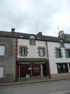 Fonds et murs commerciaux a vendre Crédin 56580 Morbihan  71412 euros