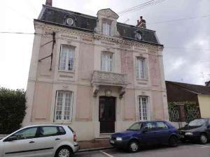 Maison a vendre Forges-les-Eaux 76440 Seine-Maritime 225 m2 8 pièces 289772 euros