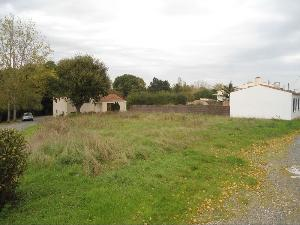 Terrain a batir a vendre Saint-Révérend 85220 Vendee 509 m2  47700 euros