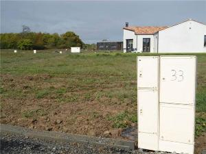 Terrain a batir a vendre La Garnache 85710 Vendee 542 m2  46395 euros