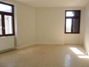 Location appartement Hauteville-Lompnes 01110 Ain 53 m2 2 pièces 304 euros