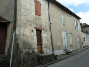 Maison a vendre Chalais 16210 Charente 130 m2 7 pièces 55000 euros