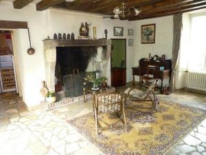 Maison a vendre Teillé 72290 Sarthe 192 m2 7 pièces 238272 euros