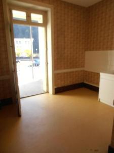 Location appartement Saint-Rambert-en-Bugey 01230 Ain 29 m2 1 pièce 260 euros