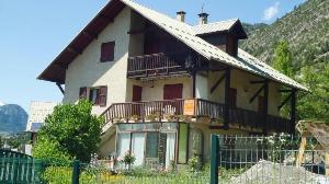 Maison a vendre Saint-Crépin 05600 Hautes-Alpes 200 m2 9 pièces 339000 euros