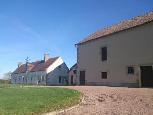 propriete a vendre Cours-les-Barres 18320 Cher 173 m2 9 pièces 361871 euros
