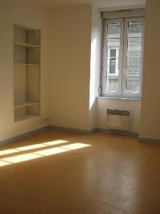 Location appartement Guingamp 22200 Cotes-d'Armor 42 m2 2 pièces 300 euros