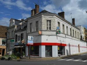 Location fonds et murs commerciaux Nogent-le-Rotrou 28400 Eure-et-Loir 155 m2  1700 euros