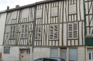 Immeuble de rapport a vendre Châlons-en-Champagne 51000 Marne 291 m2  104400 euros