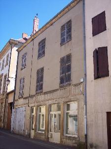 Immeuble de rapport a vendre Marcigny 71110 Saone-et-Loire  52872 euros