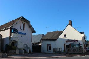 Fonds et murs commerciaux a vendre Herbault 41190 Loir-et-Cher  433972 euros