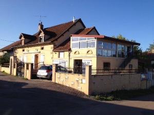 propriete a vendre Saint-Léger-du-Bois 71360 Saone-et-Loire 314 m2 8 pièces 220000 euros