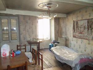 Immeuble de rapport a vendre Ussel 19200 Correze  40280 euros