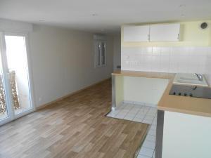 Location appartement Nogent-le-Rotrou 28400 Eure-et-Loir 44 m2 2 pièces 393 euros