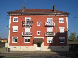 Immeuble de rapport a vendre Paray-le-Monial 71600 Saone-et-Loire  166170 euros