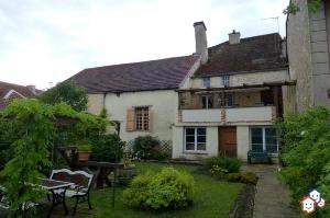 Immeuble de rapport a vendre Châteauvillain 52120 Haute-Marne 224 m2  176472 euros
