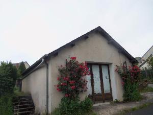 Garage et parking a vendre Ussel 19200 Correze 37 m2  37100 euros