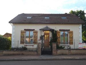 Maison a vendre Chalmoux 71140 Saone-et-Loire 7 pièces 83700 euros