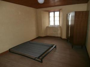 Maison a vendre Neuvéglise 15260 Cantal 100 m2 6 pièces 53000 euros