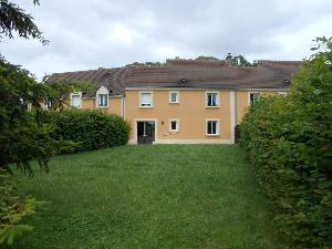 Location maison Nogent-le-Rotrou 28400 Eure-et-Loir 129 m2 6 pièces 700 euros