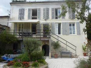 Maison a vendre Archiac 17520 Charente-Maritime 149 m2 7 pièces 212000 euros