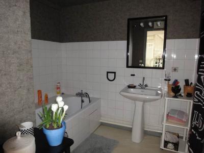 Appartement a vendre Oyonnax 01100 Ain 82 m2 3 pièces 89000 euros