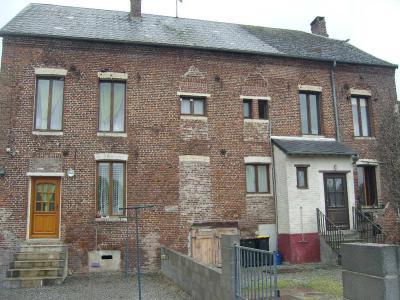 Immeuble de rapport a vendre Hannapes 02510 Aisne 250 m2  150900 euros