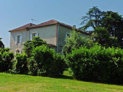 Maison a vendre Vic-Fezensac 32190 Gers 235 m2 7 pièces 392700 euros