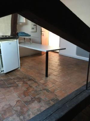Location appartement Auch 32000 Gers 14 m2 1 pièce 180 euros