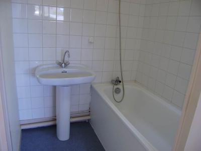Location appartement Montfort-sur-Meu 35160 Ille-et-Vilaine 25 m2 1 pièce 260 euros