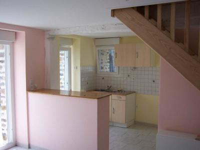 Location maison La Croixille 53380 Mayenne 76 m2 4 pièces 450 euros