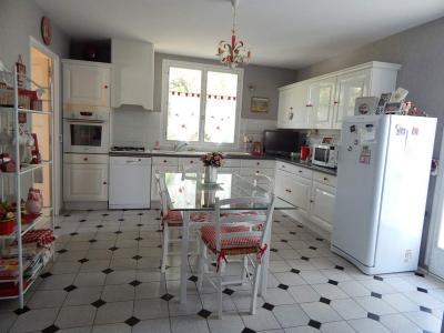 Maison a vendre Pussigny 37800 Indre-et-Loire 225 m2 8 pièces 199450 euros