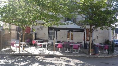 Fonds et murs commerciaux a vendre Sainte-Catherine-de-Fierbois 37800 Indre-et-Loire 136 m2  166172 euros