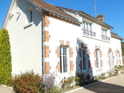 Maison a vendre Romorantin-Lanthenay 41200 Loir-et-Cher 171 m2 7 pièces 260000 euros