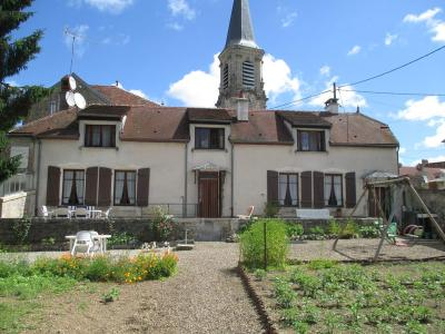 Maison a vendre Auberive 52160 Haute-Marne 174 m2 8 pièces 156880 euros