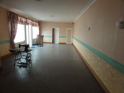 Immeuble de rapport a vendre Montsûrs 53150 Mayenne 200 m2  88570 euros
