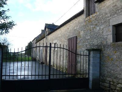 Maison a vendre Neulliac 56300 Morbihan 3 pièces 83772 euros