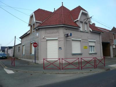 Divers a vendre Fontaine-Notre-Dame 59400 Nord 500 m2  377000 euros
