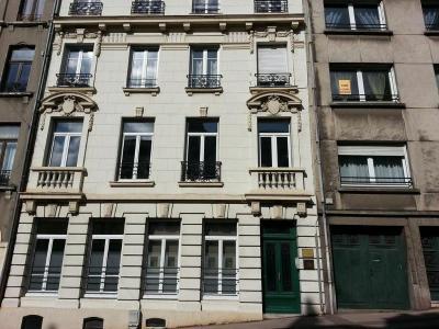 Location divers Boulogne-sur-Mer 62200 Pas-de-Calais 27 m2  300 euros