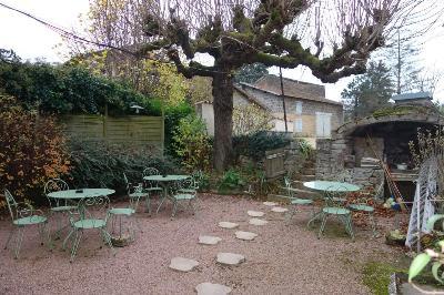 Fonds et murs commerciaux a vendre Charbonnières 71260 Saone-et-Loire  290000 euros
