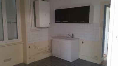 Location appartement Montceau-les-Mines 71300 Saone-et-Loire 70 m2 3 pièces 450 euros